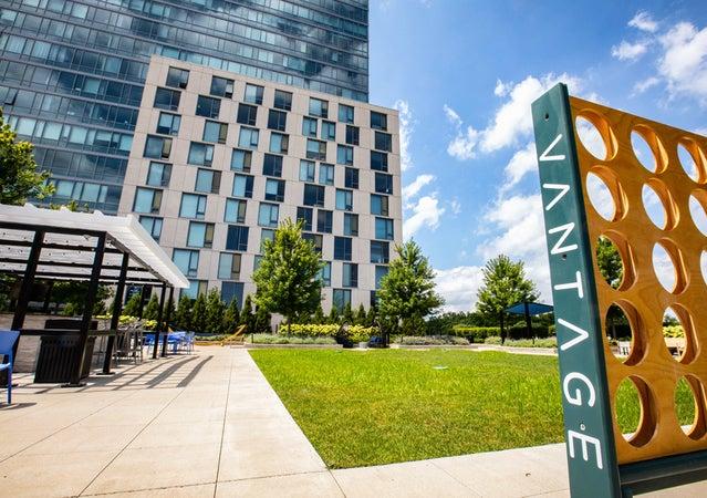 Oak Park Apartment | Vantage Oak Park | Welcome Home